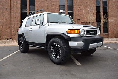 2008 Toyota FJ Cruiser  2008 Toyota FJ Cruiser 4×4 SUV Rugged off-road vehicle 17