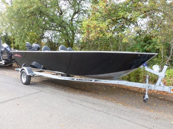2017 Fish Rite Boats 20' River Master