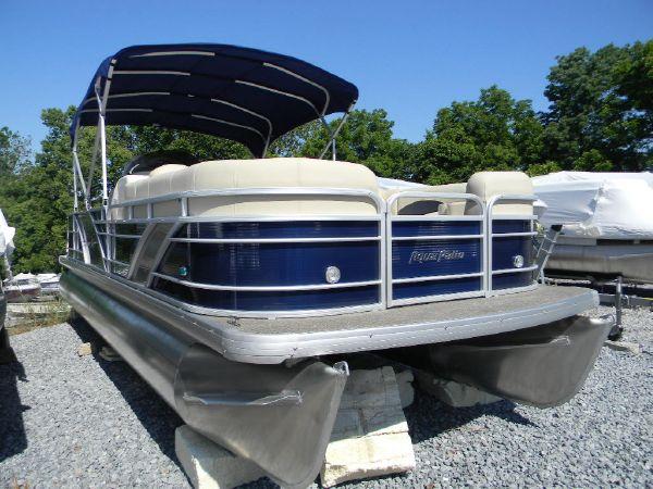 2015 Aqua Patio/ Bennington 240 SL