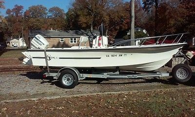1996 SEA HAWK BOAT with motor and trailer 18' center console