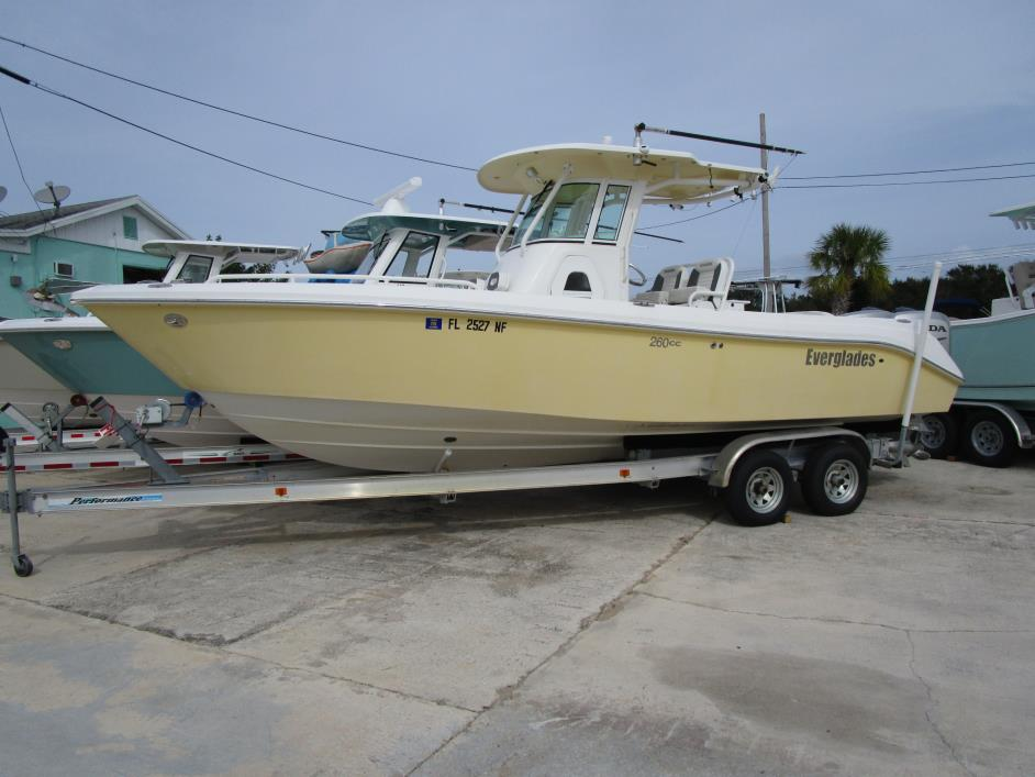 2006 EVERGLADES BOATS V-Hull 260 CC