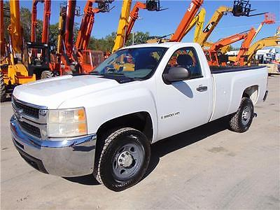 2008 Chevrolet Silverado 2500 Work Truck FULLY SERVICED - INSPECTED - NEW TIRES AND BRAKES - COLD A/C - WORK READY!