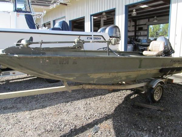 2010 Tracker Grizzly 1648