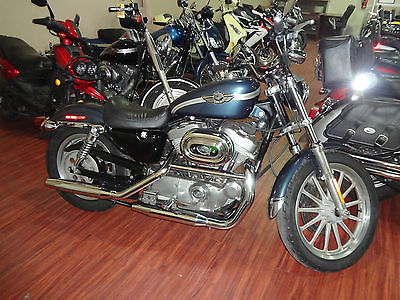 2003 Harley-Davidson Sportster  2003 Harley-davidson XL883 HUGGER---XL883