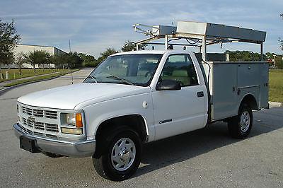 2000 Chevrolet Silverado 2500 Base Cab & Chassis 2-Door CHEVY SILVERADO 3500 5.7 VORTEC V8 8FT UTILITY BED CONSTRUCTION TRUCK 1 TON 2500