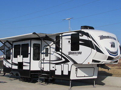 2015 MOMENTUM 3s 36' EVERY OPT. LOADED FUZION CYCLONE RAPTOR VOLTAGE TOY HAULER