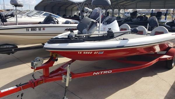 2009 Nitro X-4