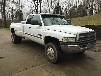 2001 Dodge Ram 3500 Base Extended Cab Pickup 4-Door 2001 Dodge Ram 3500 Base Extended Cab Pickup 4-Door 5.9L