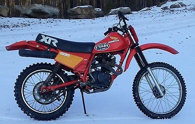 1983 Honda XR  1983 HONDA XR200R with Shoei VFX red helmet and goggles