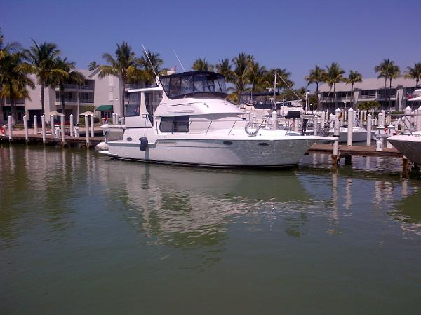 Carver 404 cockpit motor yacht boats for sale in fort for Motor yachts for sale in florida