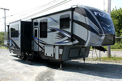 2016 Keystone Fuzion 371 Toy Hauler ** Loaded ** Generator & 12' Patio Deck!