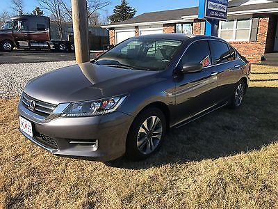 2015 Honda Accord  -2015 Honda Accord -Non Smoking- Great Condition!