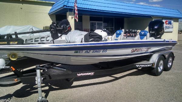 2013 Phoenix Boats 920 ProXP
