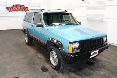 1995 Jeep Cherokee Runs Drives Body Int Good 4L I6 4 spd auto 1995 Green Runs Drives Body Int Good 4L I6 4 spd auto!