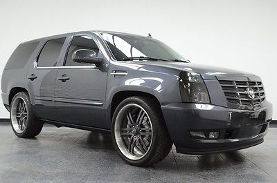 2009 Cadillac Escalade Custom Loaded Very Low Mileage Custom 2009 Cadillac Escalade in excellent shape with only 27,500 miles!