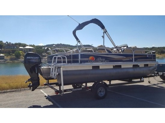 2013 SUN TRACKER Tracker FISHING BARGE 20DLX