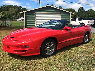 1999 Pontiac Firebird Trans Am Convertible 2-Door 1999 Pontiac Firebird Trans Am Convertible 2-Door 5.7L