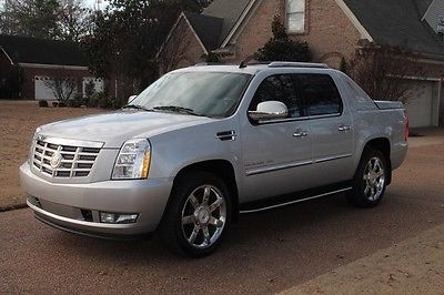 2011 Cadillac Escalade EXT Luxury One Owner Perfect Carfax Great Service History 22's TV/DVD Nav MSRP New $69985