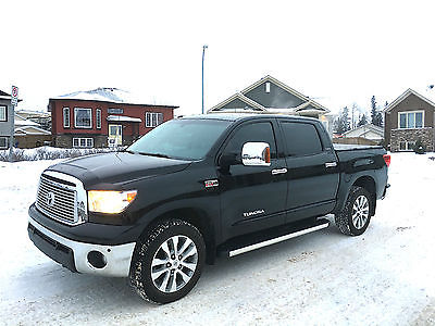 2013 Toyota Tundra Platinum Extended Crew Cab Pickup 4-Door 2013 Toyota Tundra Platinum Extended Crew Cab Pickup 4-Door 5.7L V8 4x4 LOADED