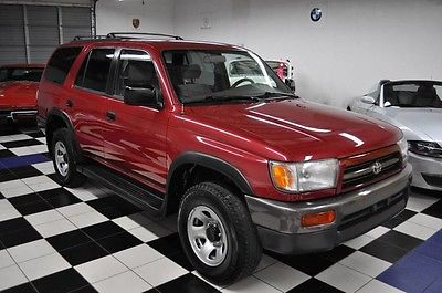 1998 Toyota 4Runner Base Sport Utility 4-Door X-CLEAN - LOW MILES - RUST FREE - CARFAX CERTIFIED !!