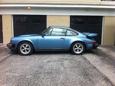 1986 Porsche 911 SunroofCouoe 1986 Porsche Carrera