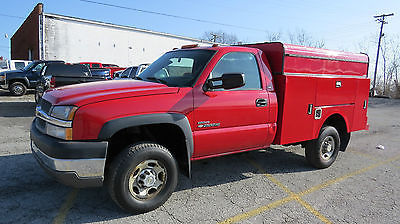 2004 Chevrolet Silverado 2500 4X2 REG CAB 8FT UTILITY BED 6.6 DURAMAX ALLISON OUTSTANDING VALUE! ENCLOSED UTILITY BED!!READY TO WORK!TAG IT & DRIVE IT AWAY!!!