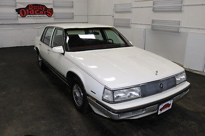 1988 Buick Electra Runs Drives Body Int Excel 3.8LV6 4 spd auto 1988 White Runs Drives Body Int Excel 3.8LV6 4 spd auto!
