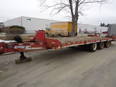 2004 EAGER BEAVER, 25 TON TAG ALONG, 3 AXLE, LIFT ON 1ST, 21' DECK,