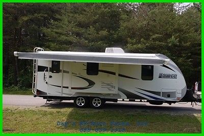 2017 Lance 2155 Travel Trailer Bumper Pull Behind Camper 1/2 Ton Towable NEW RV