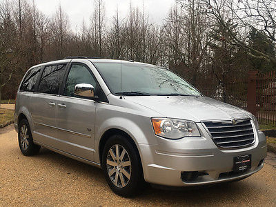 2009 Chrysler Town & Country  free shipping warranty touring clean carfax 2 owner loaded minivan cheap