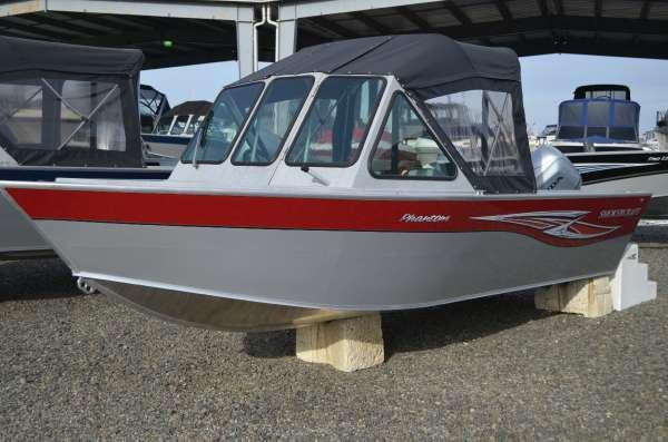2017 American Angler 182 Phantom
