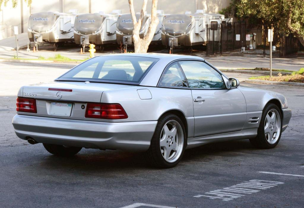 2001 Mercedes-Benz SL-Class  2001 Mercedes Benz SL500, PANORAMA ROOF, Less Than 36,000 Miles
