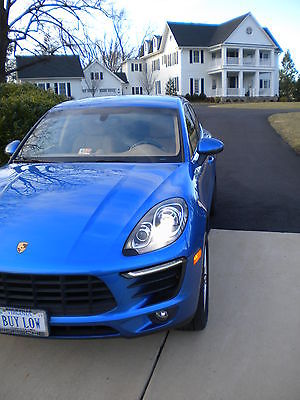 2015 Porsche Macan S Sport Utility 4-Door One owner