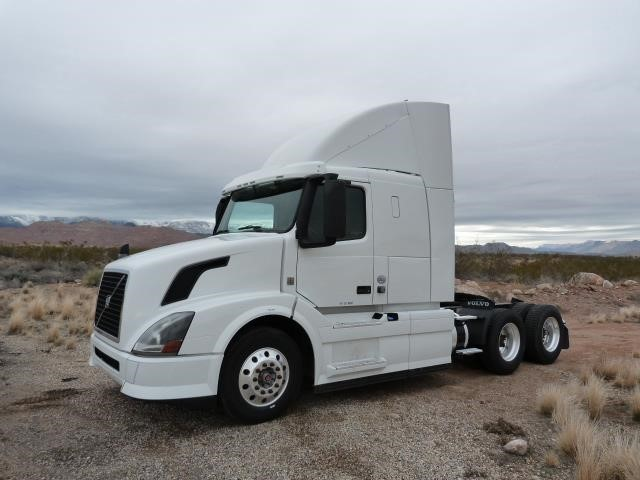 2013 Volvo Vnl62t430 Conventional - Sleeper Truck