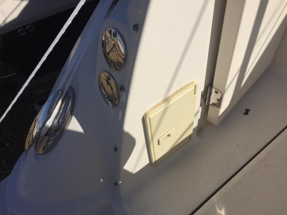 2012 Monterey 280 (295) Sport Yacht