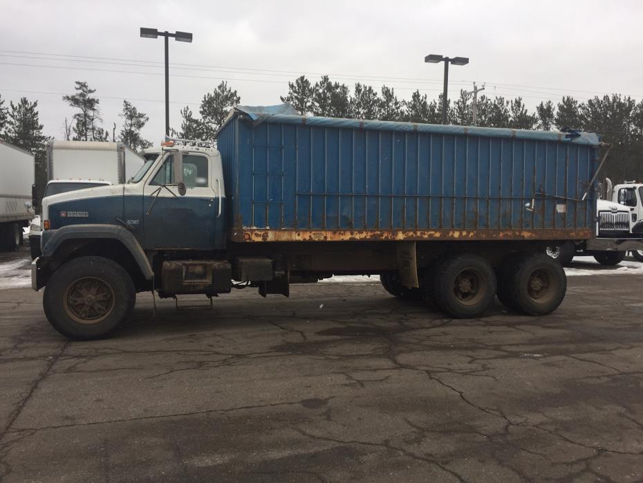 1988 Gmc J9500  Farm Truck - Grain Truck