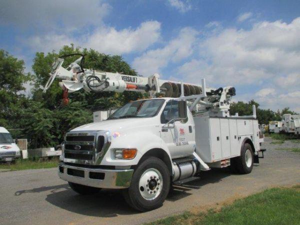 2015 Versalift Tmd-2050-T  Bucket Truck - Boom Truck