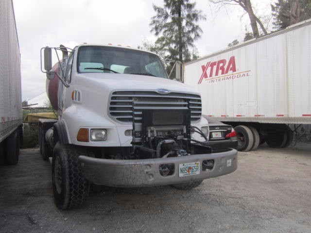 2005 Sterling L9500  Mixer Truck