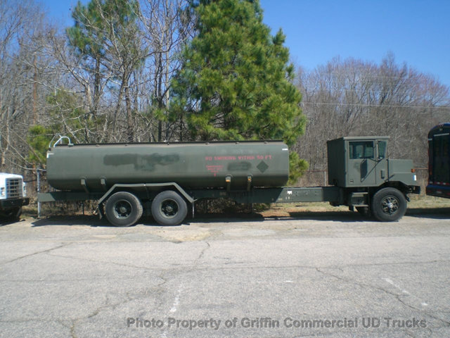 1992 Oshkosh Tandem Axle Cab/Chassis Tractor Tanker  Tanker Truck