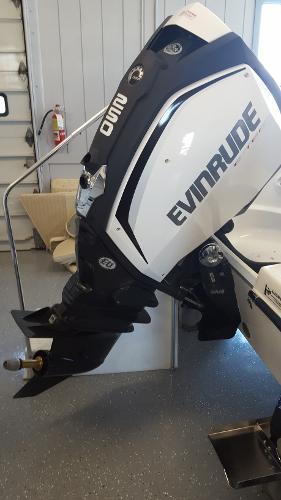2015 Evinrude E250XAB