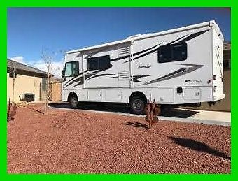 2013 Itasca Sunstar 26HE Class A Motorhome Ford V10 Gasoline Slide Out Generator