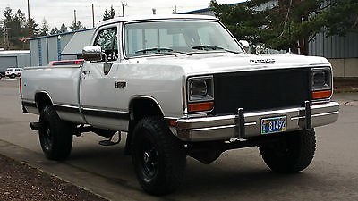 1990 Dodge Other Pickups LE ONE OF A KIND! 1990 DODGE RAM W20 4X4 CUMMINS DIESEL 2 OWNER LOW MILES UPGRADES