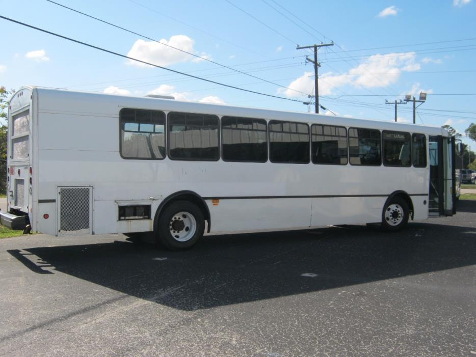 2005 Champion Challenger  Bus