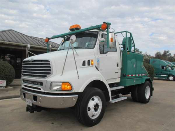 2007 Sterling L9500  Conventional - Day Cab