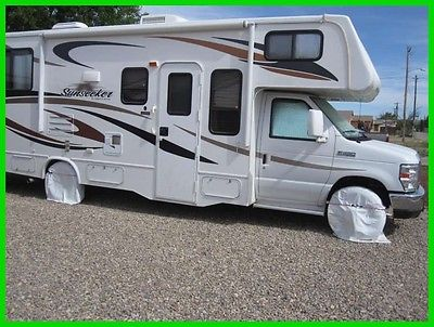 2013 Forest River Sunseeker 2650S 28' Class C V10 Gasoline Slide Out Generator