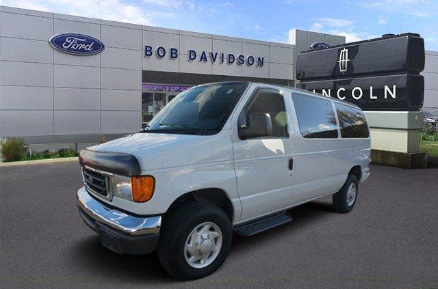 2007 Ford Econoline Wagon  Passenger Van