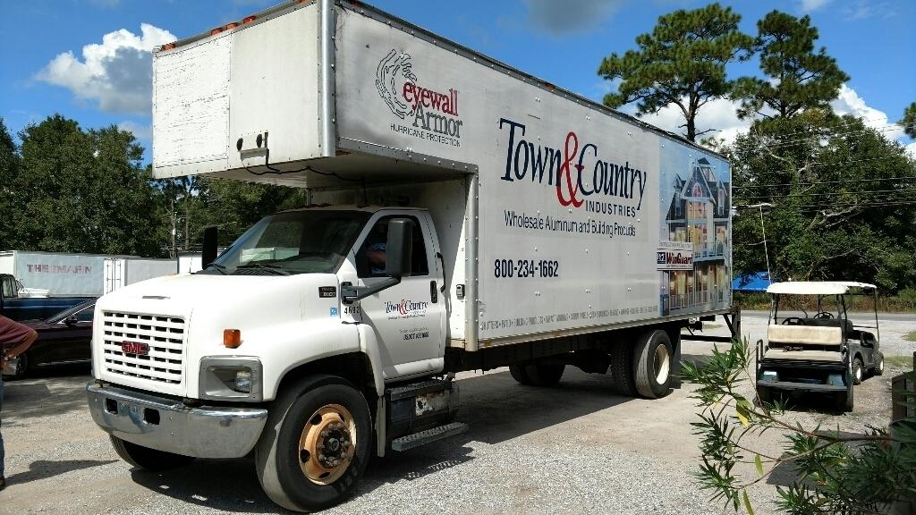 2005 Gmc C8500 Box Truck - Straight Truck