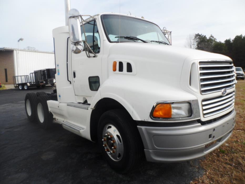 1998 Sterling L9500 Conventional - Day Cab