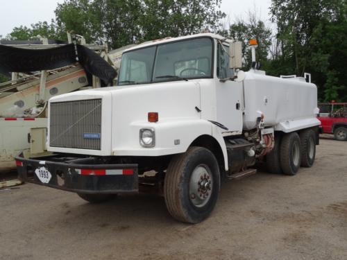 1991 White Gmc Wg64 Tanker Truck