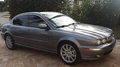 2004 Jaguar X-Type Base Sedan 4-Door 2004 Jaguar X-Type 3.0 Sedan 4-Door SUPER CLEAN WITH NEW AC COMPRESSOR